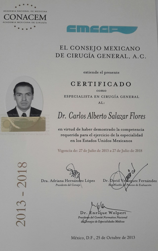 Dr. Carlos Alberto Salazar Flores - gallery photo