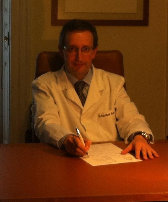 Dr. Alejandro Sánchez  Alonso