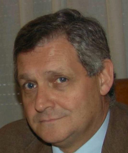 Dr. Luis Agreda Ulloa - 635665218459447601