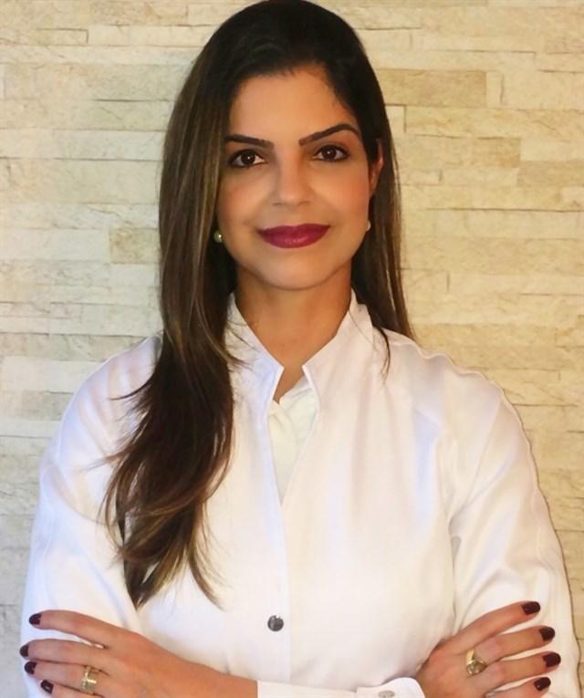 Dra. Danielle Laperche dos Santos - profile image