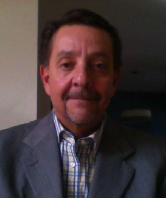 Dr. Edmundo Montes de oca Perez