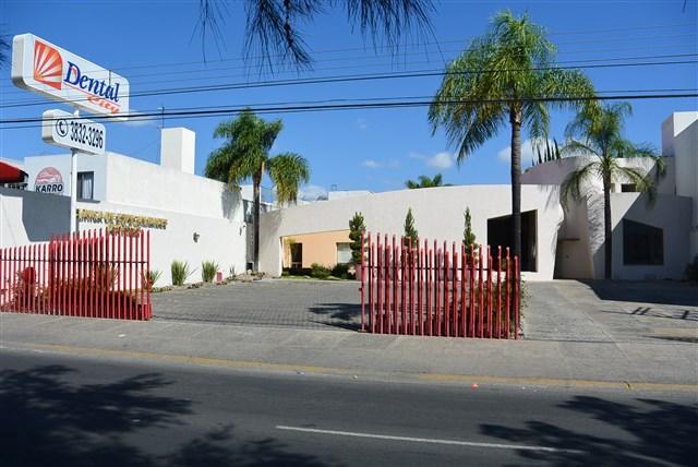 Dentalcity zapopan for Centro medico ciudad jardin