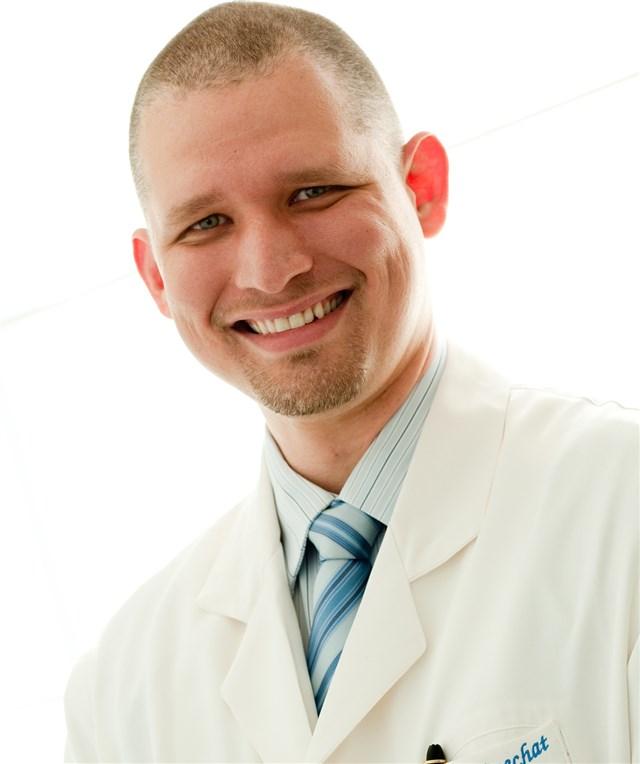 Dr. Celso Boechat - profile image