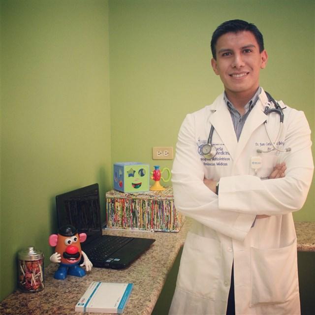 Dr. Juan Carlos Juárez Rodríguez - gallery photo