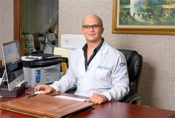 Dr. Jesús Arturo Moyers Arevalo - gallery photo