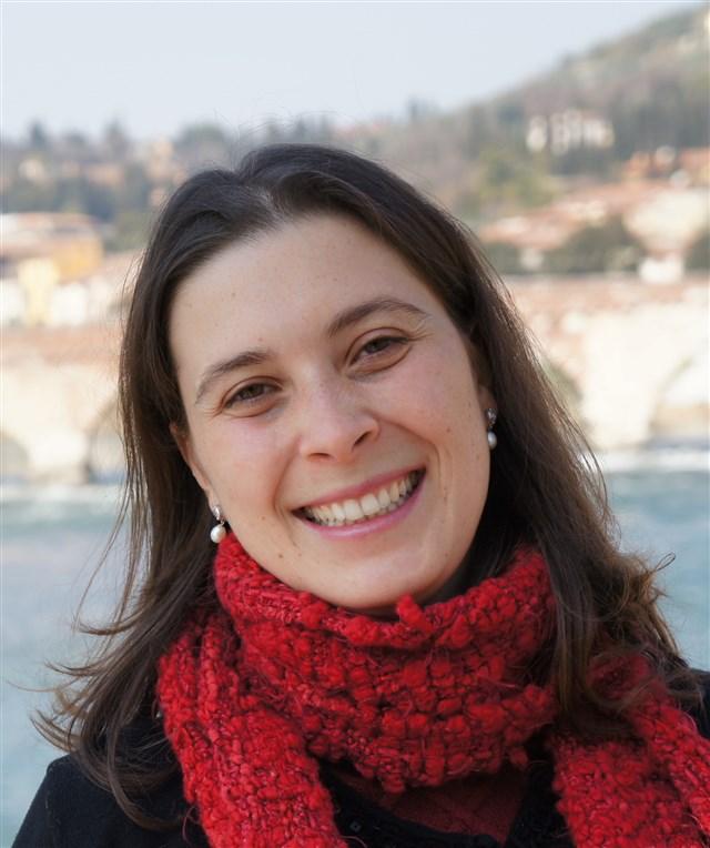 Dra. Camila Mennella - profile image