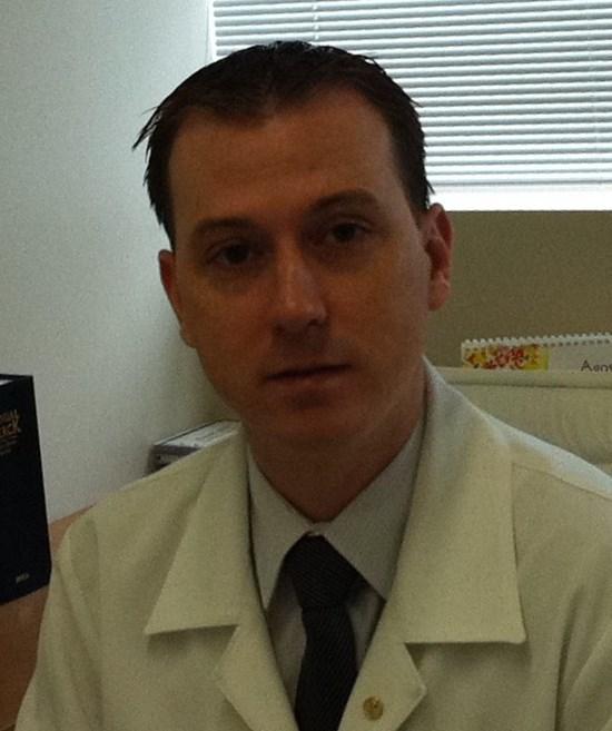 Dr. Lucas Lampert - profile image