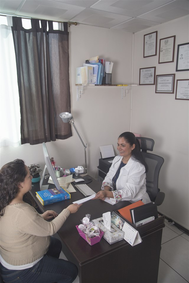 Dra. Karla Idalia Hernández Hernández - gallery photo