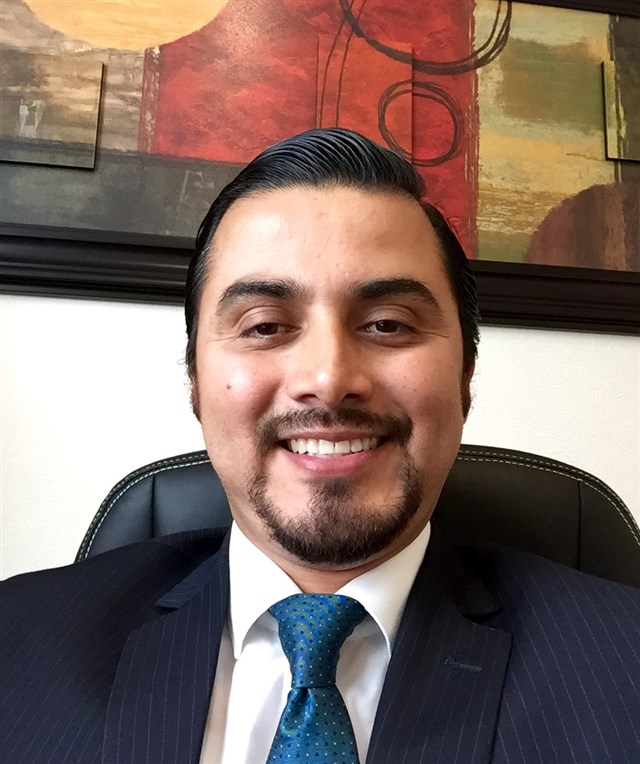 Dr. Victor Salgado Arroyo - profile image