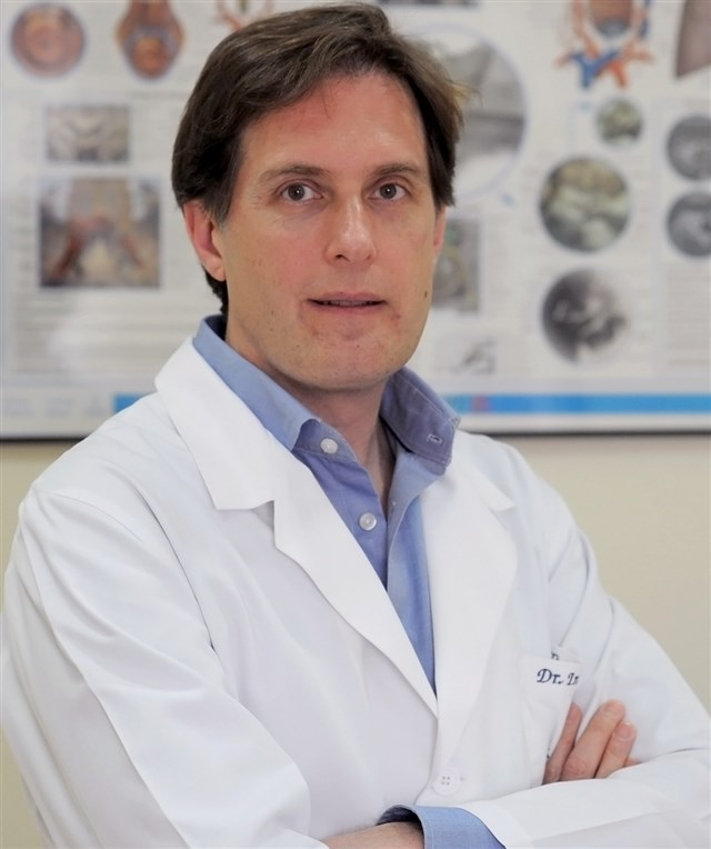Dr. Jesus Iniesta Turpin