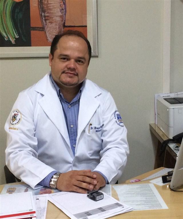 Dr. Bruce Martins - profile image