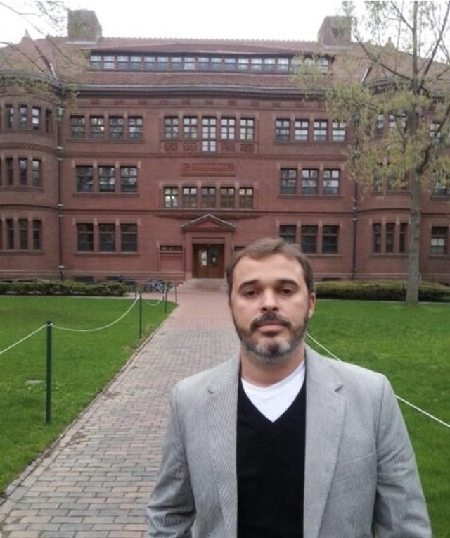 Dr. Lucas Ribeiro - profile image