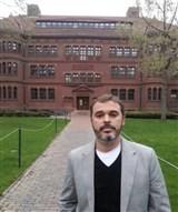 Dr. Lucas Ribeiro