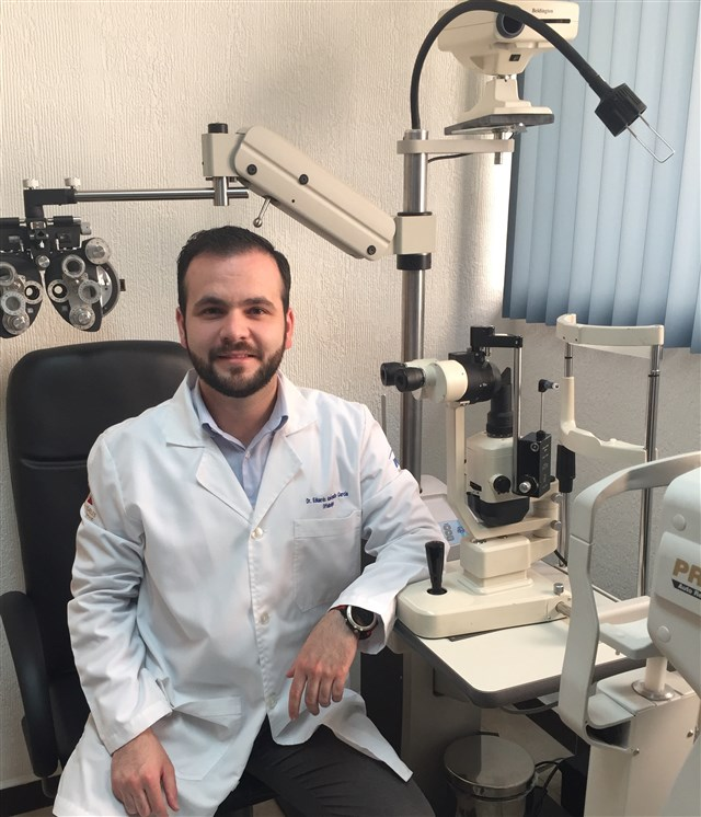 Dr. Eduardo Amézquita García - gallery photo