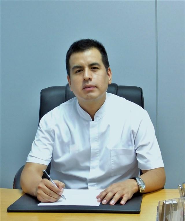 Dr. Carlos Lozada Palomino - profile image