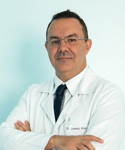 Dr. Leonardo de Souza Alves - profile image