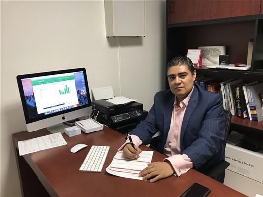 Dr. Nestor Jesus Santiago Hernández - gallery photo
