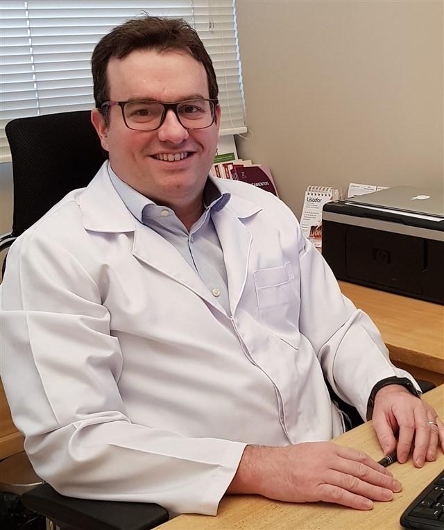 Dr. Nicolau Cotelesse - profile image