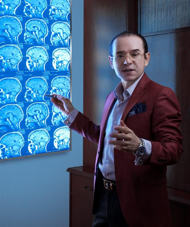 Dr. Juan Manuel Riestra Castañeda - profile image