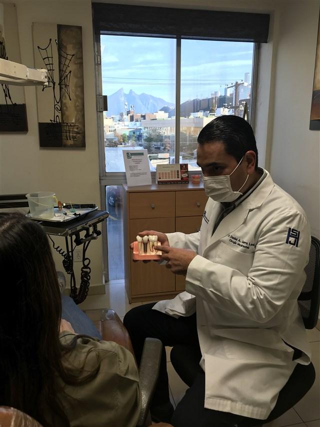 Dr. Daniel Alejandro Guerra Leal - gallery photo
