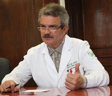 Dr. José Alberto Flores Cantisani - gallery photo