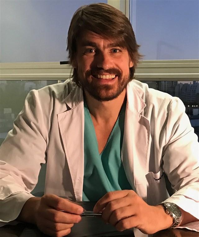 Dr. Alfredo Daniel Lovera - profile image