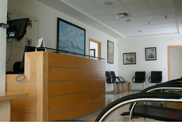 Dr. Adalberto Padilla Ailhaud - gallery photo