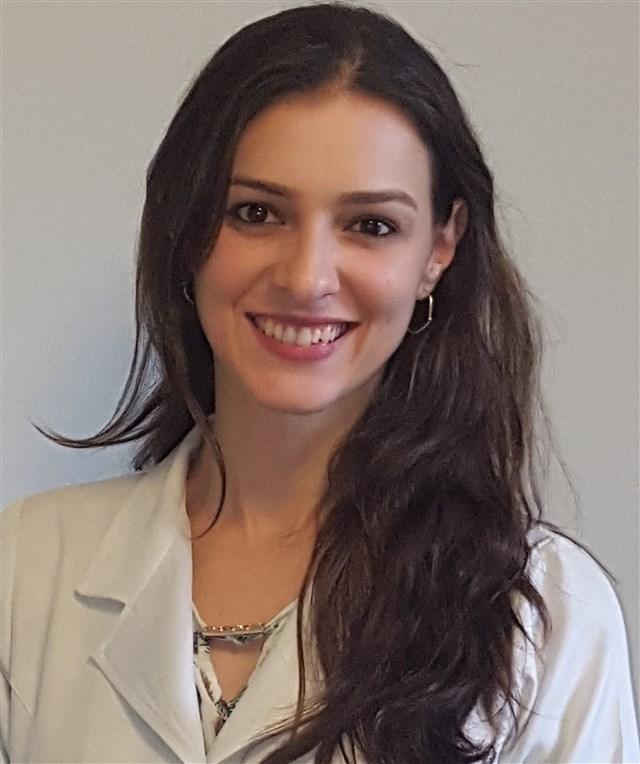 Dra. Fernanda Toledo Lustosa de Andrade - profile image