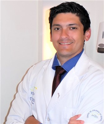 Dr. Roni Serra Campos - gallery photo