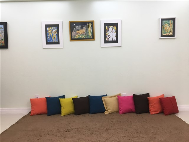 Yris Souza - gallery photo