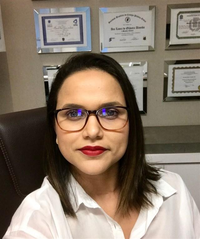 Dra. Ana Laura de Oliveira Almeida - profile image