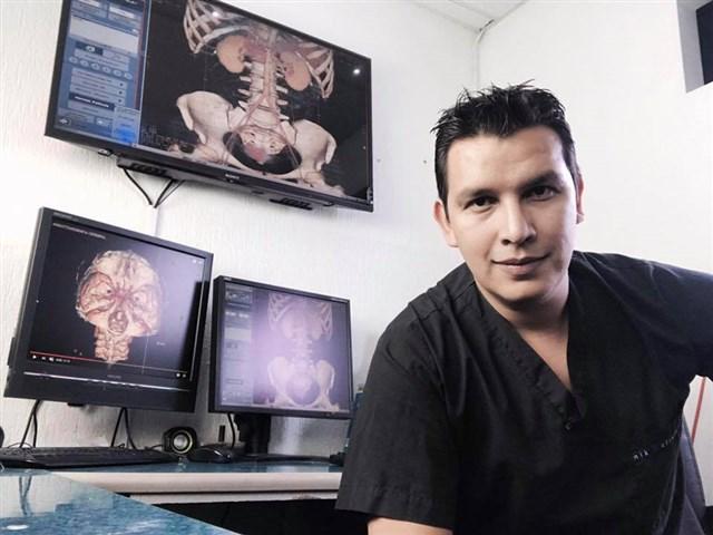 Dr. Fidel Alejandro Zamora Zavala - gallery photo