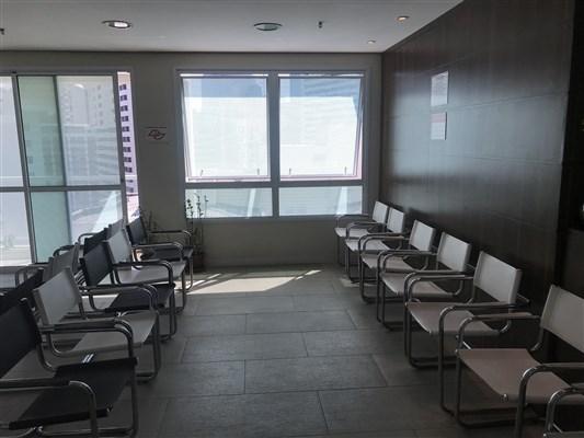 Dr. Carlos Eduardo Narciso Sakai - gallery photo