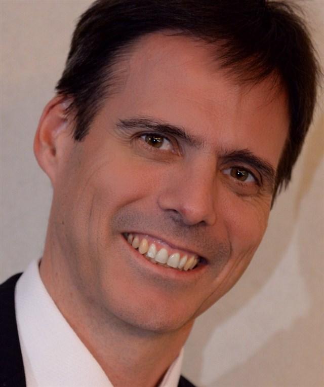 Dr. Daniel Badoza - profile image
