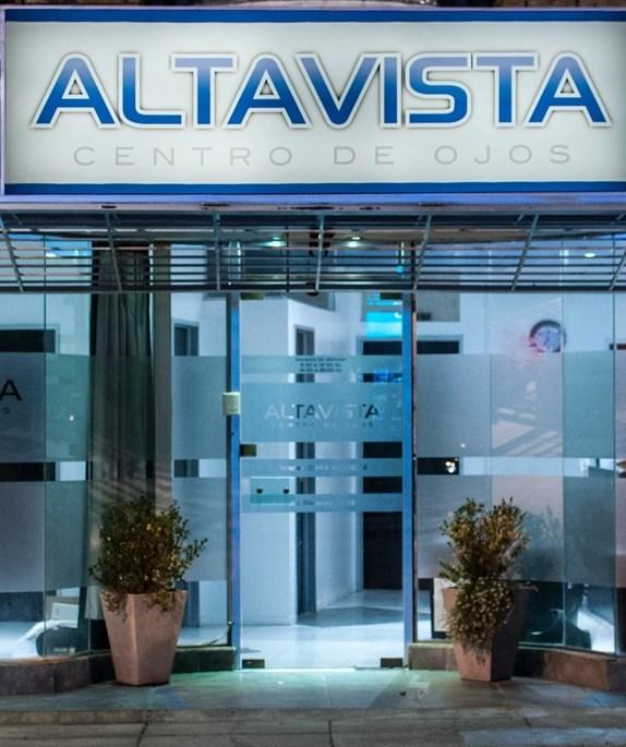 Dr. Lucas Altavista - profile image