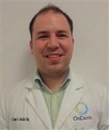 Dr. Roger Adrián González Ramírez