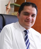 Dr. Samuel Sebastian Castañon