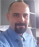 Dr. Juan Carlos Flores Raya