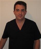 Dr. Néstor Yunis