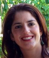 Dra. Cristiane Coutinho