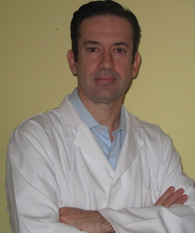 Dr. Rafael Ruiz Orellana